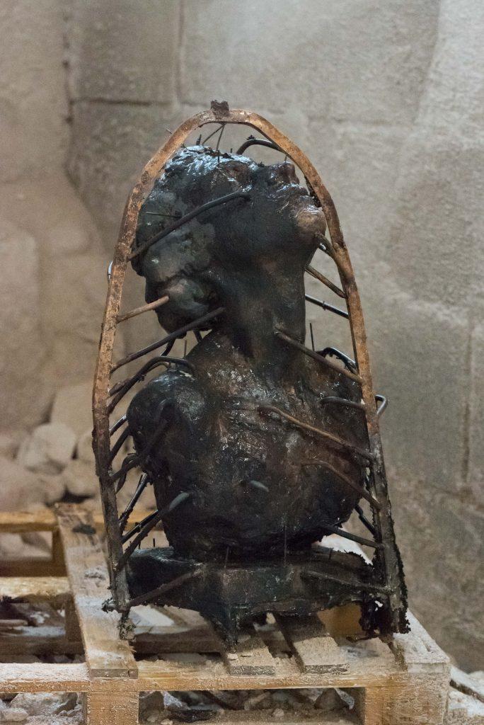 Beeld Inspiratie van Maïté Duval net nadat het gegoten is in brons